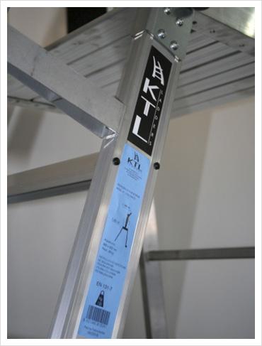 enmarcado en 131 Escaleras Móviles con Plataforma: parte 7 de la norma EN 131 enmarcado